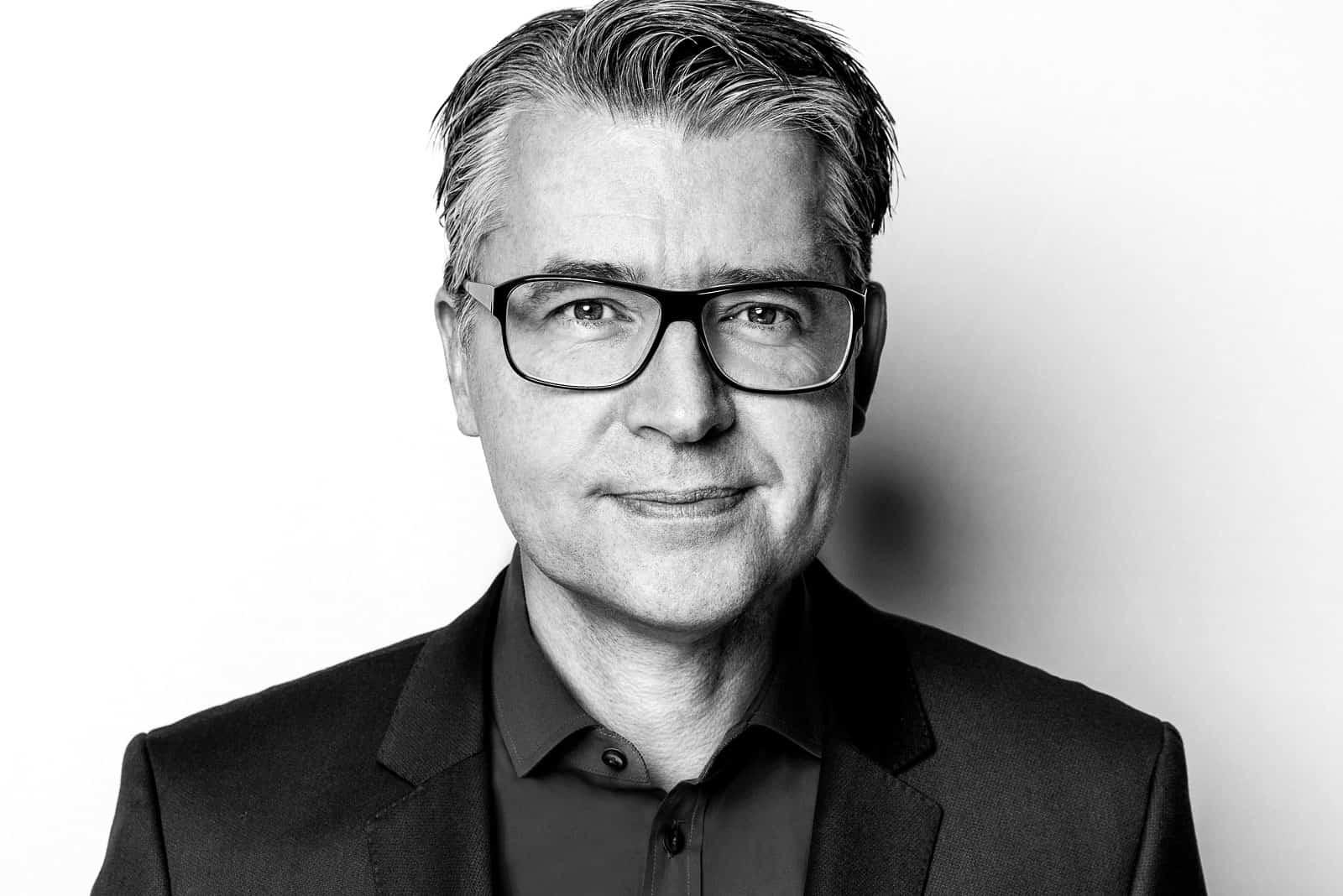 Matthias Schrader (2)